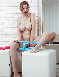 Busty blonde Daniel Sea in Front of the Mirror