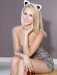 Shaved Blonde Kitten Victoria A